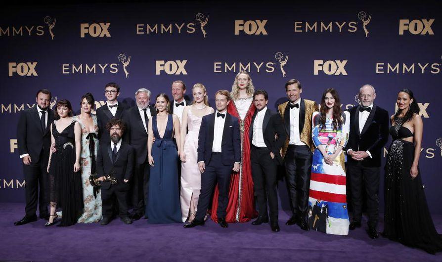 Game of Thrones -tiimi putsasi parhaan draamasarjan palkinnon Emmy-gaalassa.