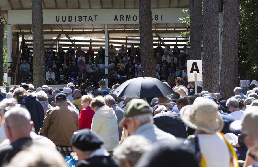 Lauantain päiväseuroihin saapui noin 7 500 ihmistä.