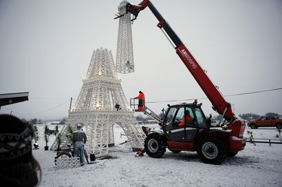 Valtavasti puuta, kymmeniä tuhansia ruuveja ja 70 litraa maalia – kerromme nyt Pasi Keskisarjan Eiffel-tornin koko tarinan ja sen, mitä hän aikoo rakentaa Nivalan Crazylandiin seuraavaksi