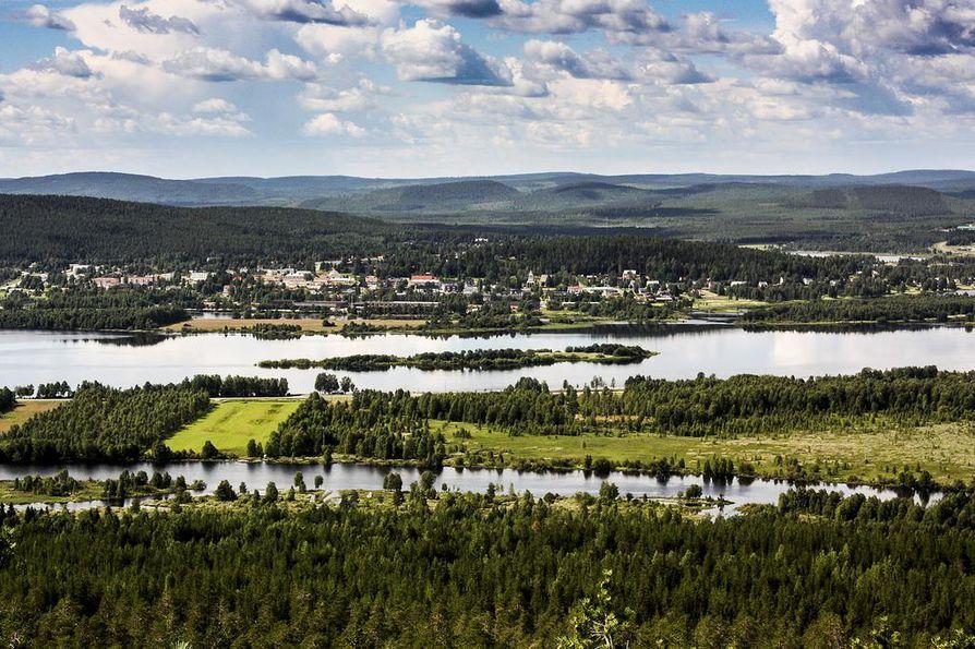 Tornionjoen vesi jatkaa nousuaan vielä useiden päivän ajan. Arkistokuva.