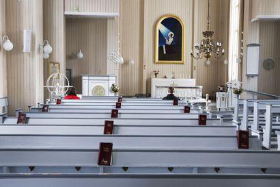 Lukijalta: Jumalanpalvelusten musiikki herättää tunteita – kun koronarajoitukset väistyvät, lupaan että Taivalkoskella järjestetään iskelmämessu