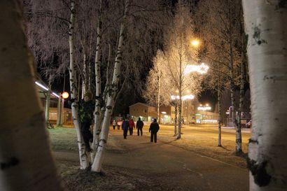 Joulutunnelma nousee - Pudasjärven joulunavaus ja joulutori 2016