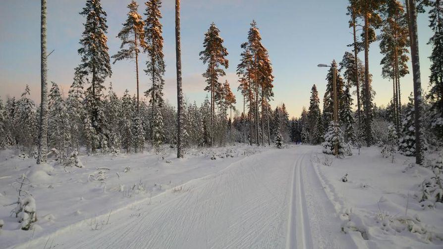 Kuvankaltaiset olosuhteet ovat olleet osassa Suomea tänä talvena ainoastaan haaveissa. Monet perinteiset hiihtotapahtumat on jouduttu perumaan olosuhteiden vuoksi.