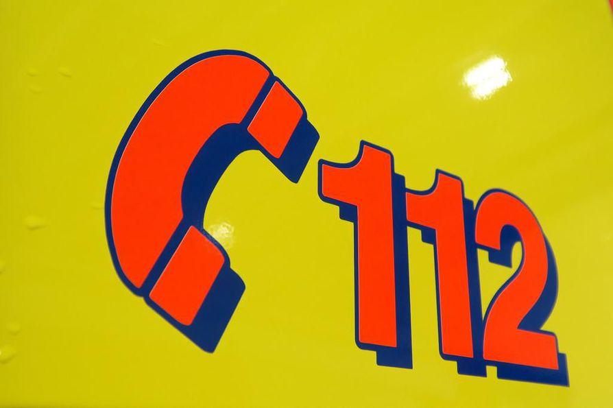 Onnettomuusautossa ollut henkilö vietiin tarkastettavaksi Kuusamon terveyskeskukseen.