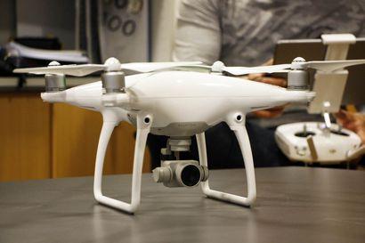 Omistatko sinä dronen? Tiesitkö, että vuodenvaihde muutti kuvauskopterien käyttösääntöjä –jatkossa kaikkien harrastajien tulee rekisteröityä