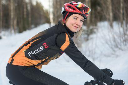 Kuusamolainen huippupyöräilijöiden ryhmään – Rosa Törmänen mukana Team 2020:ssä