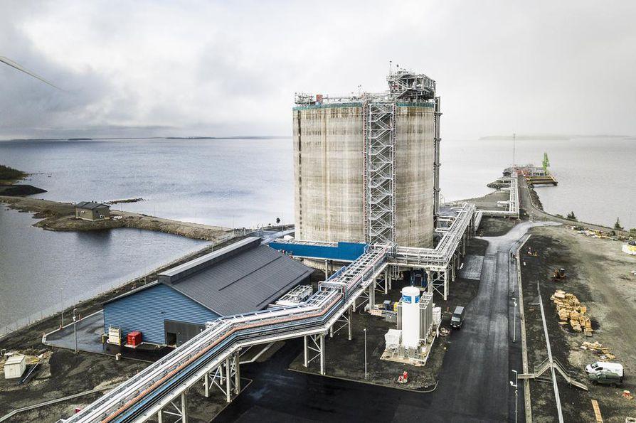 Tornion kaupunki suunnittelee tarjoavansa datakeskuksille alueita ainakin Kromilaaksosta ja kuvassa näkyvän uuden LNG-terminaalin vierestä.