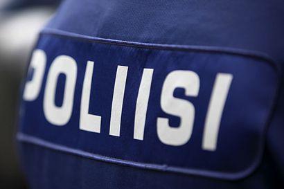 Poliisi tutkii Kempeleen henkirikosta tappona – Ristisuon piha-alueelta löytyi kuollut mies