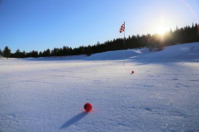 Ounasvaaralla golfataan nyt valkioilla