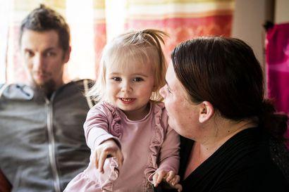 Ranualaisten Anna ja Jani Koivukankaan lapsihaaveen toteutuminen vei kahdeksan vuotta – Nyt he kertovat, miltä lapsettomuus tuntuu