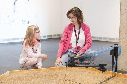 """Rovaniemen taidemuseo Korundissa – """"Näyttelyihin voi tulla rentoutumaan yksin tai viettämään aikaa yhdessä"""""""