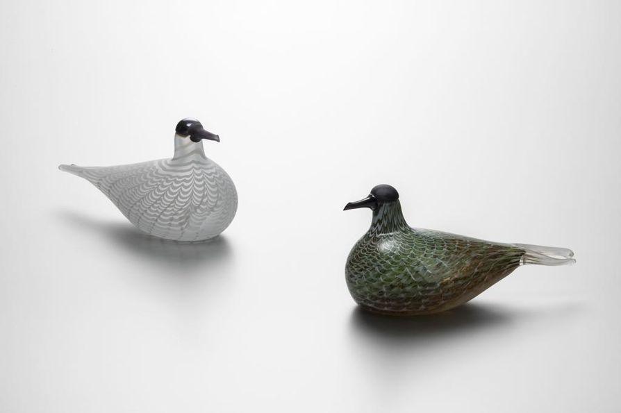 Lintuja valmistettiin aiemmin Nuutajärvellä, mutta nykyään Iittalassa.