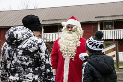 Korvatunturilla ei yhtään tartuntaa, kertoi Joulupukki –  toimittaa lahjat aattona koteihin