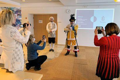 Pirteä 400-vuotias rakentaa juhlat koko väelle – toukokuun juhlaviikon uskotaan toteutuvan, vaikka korona onkin uhkana