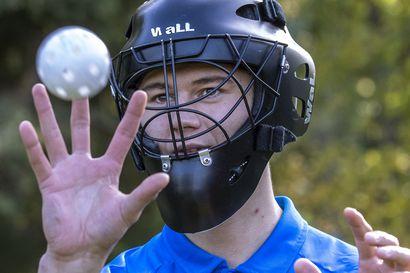 """18-vuotias Iiro Rantaniemi hamuaa OLS:n ykkösmaalivahdin paikkaa – """"Haluaisin olla joukkueelle puolustuspään viimeinen lukko"""""""