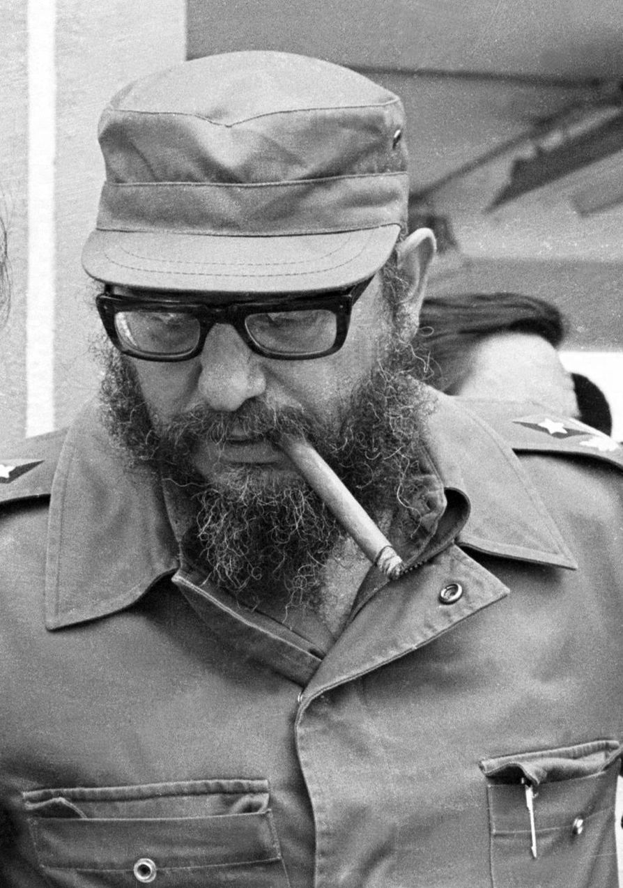 Castro sikari suussaan 1970-luvulla.
