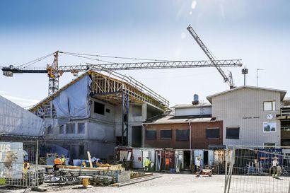 Rovaniemen Ylikylän monitoimitalon hintaan 2,6 miljoonaa lisää – talouspäällikön mukaan yleinen kustannustaso on noussut