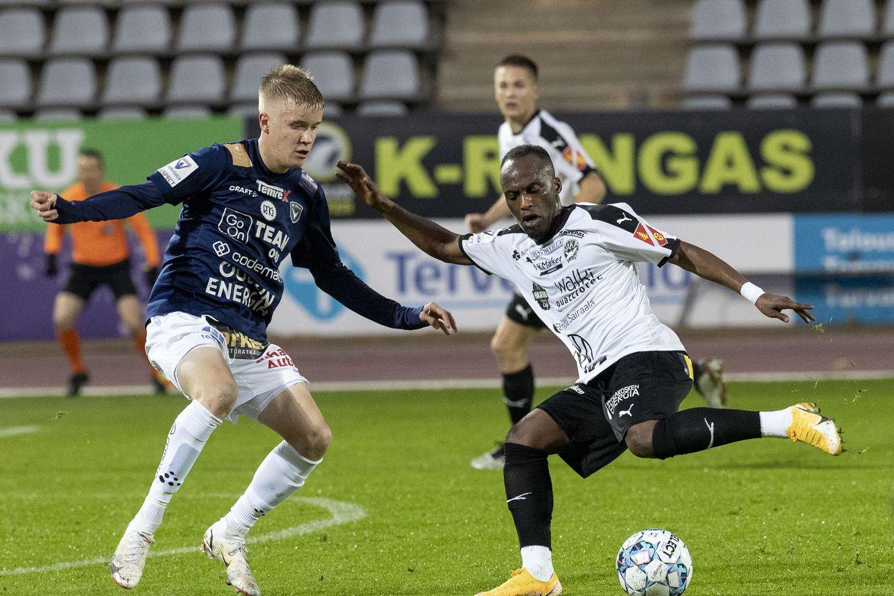 Kop, kop, kop, avaa hakas, lauloi valmennusta vaihtanut AC Oulu turhaan – FC Haka vei Raatista tärkeät pisteet