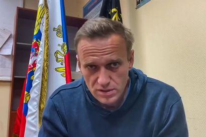 """Poliisi on pidättänyt Venäjällä useita Aleksei Navalnyin tukijoita – """"Poliisi on alkanut väkisin avata oveani"""""""