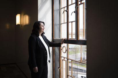 """""""Valmiuslaissa on valuvika"""" – Poikkeusolojen lopetus jää presidentti Niinistön ja PeV:n puheenjohtajan Ojala-Niemelän mukaan lainsäädännöllisesti avoimeksi"""