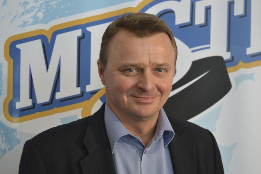 Jääkiekkoseura Mikkelin Jukurien puheenjohtaja Jukka Toivakka sai ehdollisen vankeustuomion liikenneturvallisuuden vaarantamisesta ja virkamiehen väkivaltaisesta vastustamisesta. Arkistokuva.