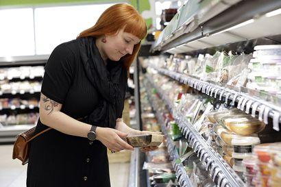 """Ydinkeskustan kauppojen kannattaa satsata vegaanieineksiin, mutta pikkukaupat eivät elä niillä – """"En ole pitkään aikaan yllättynyt, että onpa paljon uusia juttuja"""", kertoo vegaaniryhmän ylläpitäjä"""