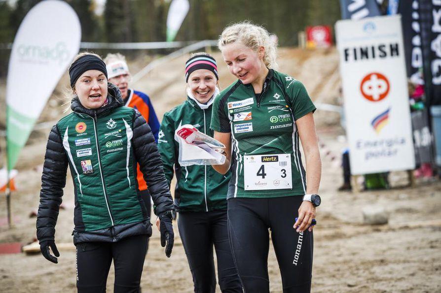SK Pohjantähden naiskolmikko voitti syyskuussa Rovaniemellä suunnistuksen viestimestaruuden. Joukkueessa suunnistivat Sofia Haajanen, Heini Wennman ja Marika Teini.