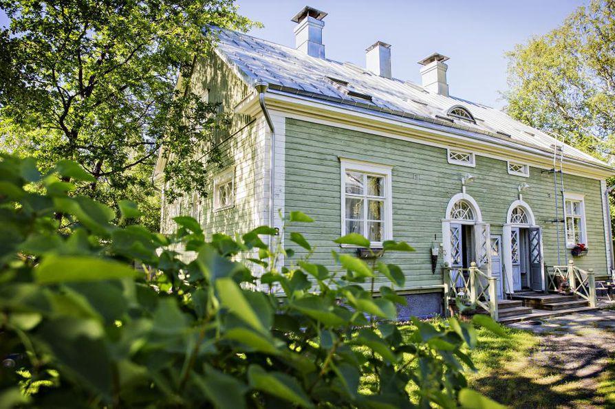 Oulun kaupunki tuomittiin korvauksiin, kun vesi aiheutti suuret tuhot talon kellariin.