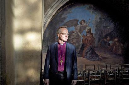 """Näistä teemoista keskustellaan turhankin kiihkeästi, vaikka kirkkoon suhtaudutaan penseästi – Arkkipiispa Tapio Luoma: """"Pitää aika tarkkaan miettiä, miten asioita sanon"""""""
