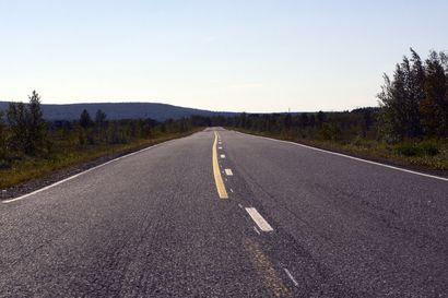 Muoniolaisen Teemun kameraan tallentui hurja vaaratilanne valtatiellä 21 – Kuorma-auto lähti ohitukseen mutkaisella ja mäkisellä tiellä
