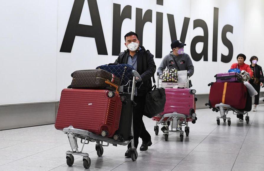 Ranskan koronavirustartunnat ovat Euroopan ensimmäiset. Virukseen on varauduttu ympäri Eurooppaa. Kuva Heathrow'n lentokentältä Lontoosta.