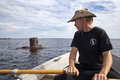 Tässä on Perämeren erikoisin nähtävyys: matalikolla kököttää lähes sata vuotta sitten haaksirikkoutuneen pirtulaivan höyrykattila