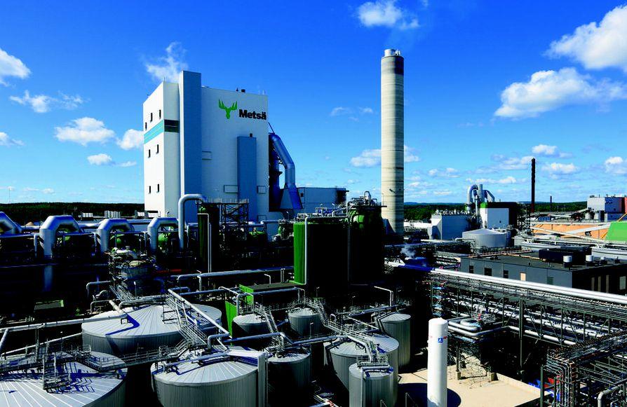 Metsä Group Äänekosken biotuotetehdas on alueeltaan niin laaja, ettei sen tutustumiseen riitä yksi päivä. Jos hyvin käy, niin alueelle rakennetaan muutaman vuoden päästä uusi tehdas, joka alkaa työstää entistä ympäristöystävällisempää kuitua vaateteollisuuden tarpeisiin.