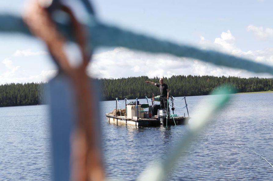Kalastajat myyvät Hätälälle muun muassa kuhaa, muikkua, siikaa ja silakkaa.