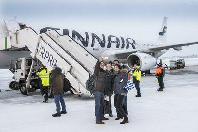 Nämä Lapin lumet sulivat jo – koronaviruksen iskua pohjoisen matkailuun olisi voitu pehmentää, mutta nyt tahtoa ei löytynyt