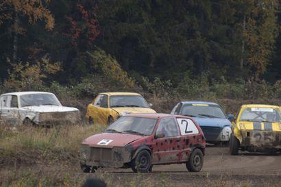 Uljuan Moottoriradalla ajettiin radan 30-vuotisjuhlakisat