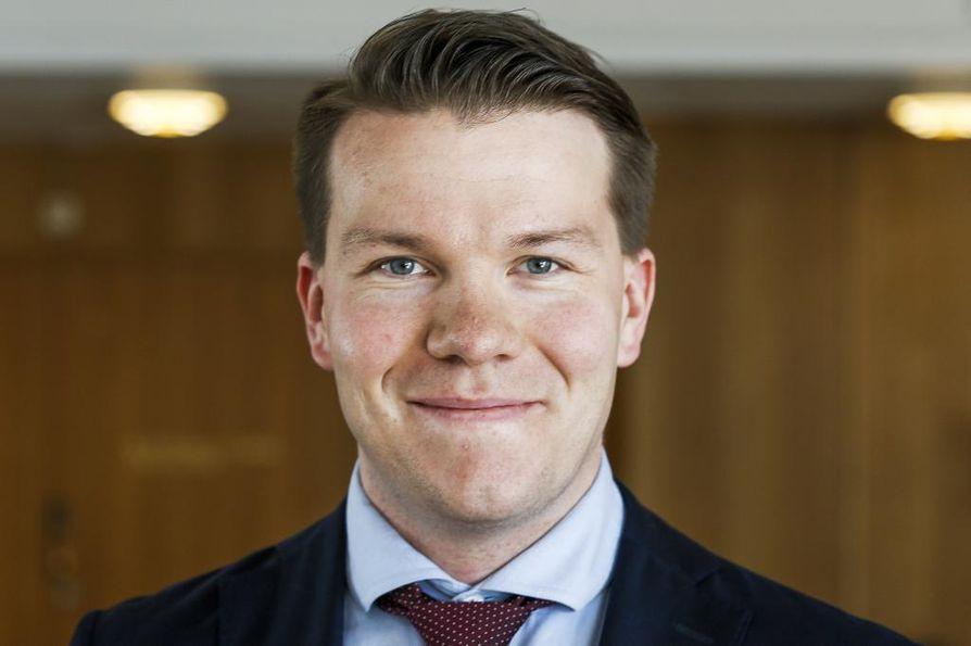 Sdp:n eurovaaliehdokas Mikkel Näkkäläjärvi kertoi Facebookissa rikostuomioistaan.