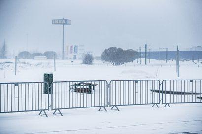 Isot juhlat nostivat Jokkmokin tartunnat – Norrbottenissa mietitään pääsiäiseen lisärajoituksia