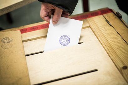 Vaalituloksia jouduttiin odottamaan pitkään – Kirjausvirhe hidasti ennakkoäänten laskentaa Sodankylässä