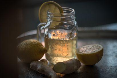 Trendikäs kombutsa-juoma valmistuu myös kotikeittiössä – käynyt tee ei välttämättä kuulosta kovin herkulliselta, mutta sitä se kuitenkin on