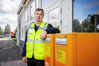 """Postin työntekijät ovat tyrmistyneitä palkanalennuksesta – Lapin luottamusmies: """"Matto vedetään jalkojen alta"""""""