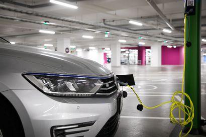 Fortum alkaa kierrättää sähköautojen akkujen litiumin Harjavallassa – Suomi voi nousta Euroopan johtavaksi akkukierrättäjäksi