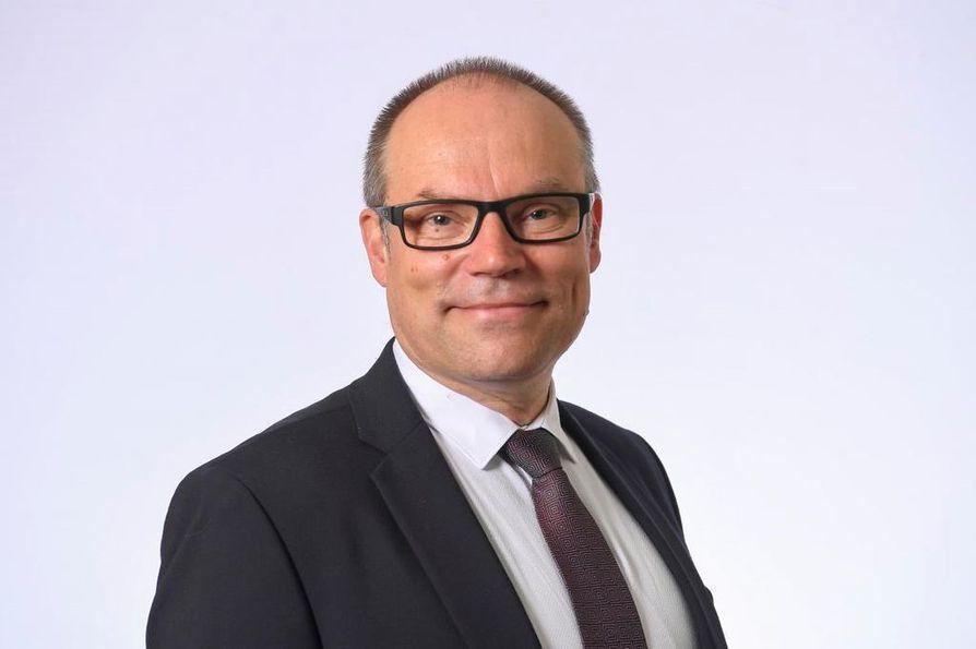 Mikko Kinnunen on ensimmäisen kauden kansanedustaja Reisjärveltä.