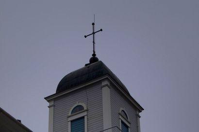 Lukijalta: Taivalkosken seurakunnassa on vallinnut dilemma: seurakuntalaisilta on puuttunut me-henki – näin se saataisiin luotua