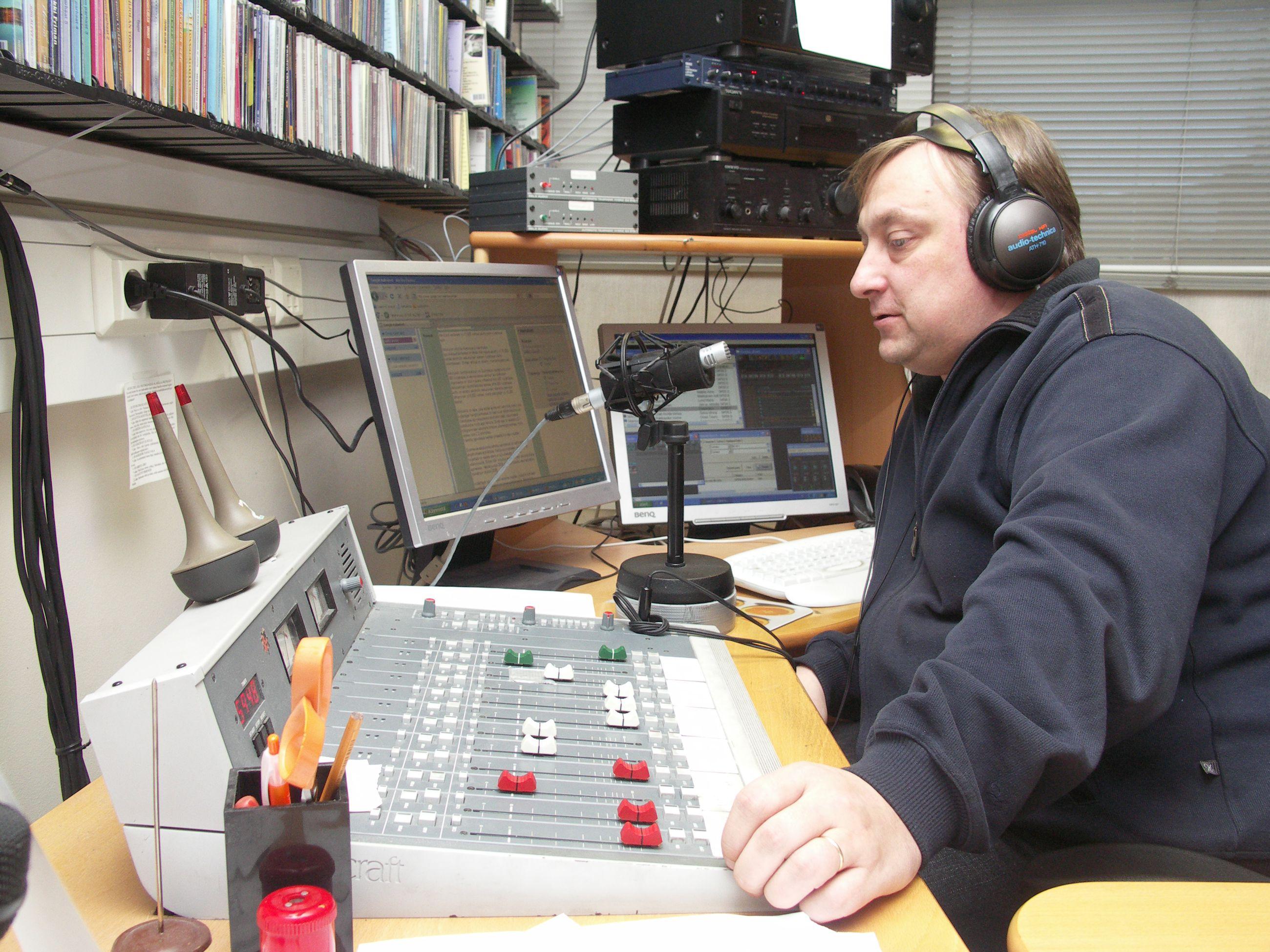 Radio Pooki Live