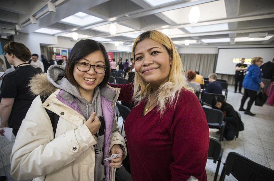 Lulu Phaiwan Pulkkinen ja Shy-Yt Gu tulivat tutustumaan BusinessAsemaan ja hakemaan töitä.