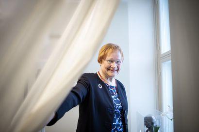 """Presidentti Halonen peräsi Ylellä ratkaisua al-Holin naisten ja lasten tilanteeseen – """"Vähän ihmettelen, että mikä siinä nyt voi olla niin kauhean hankalaa"""""""