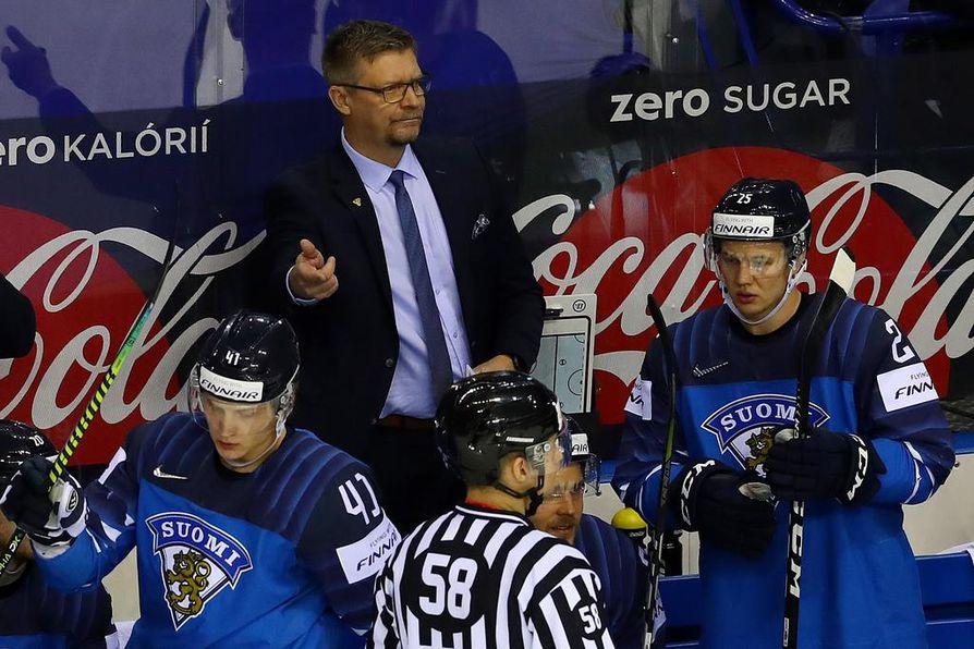 Jukka Jalonen valmensi joukkueensa toistamiseen maailmanmestariksi.