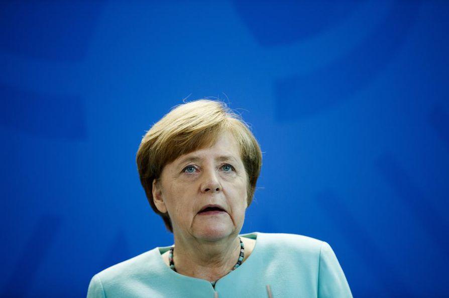 Angela Merkelin kristillisdemokraatit ja Saksan sosiaalidemokraattinen puolue lähtevät hallitusyhteistyöhön.