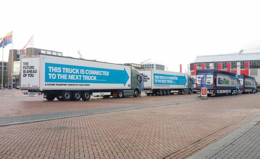 Rekkojen letka-ajoa testattiin Hollannissa keväällä 2016. Tuolloin kuusi suurta valmistajaa ajoi kalustollaan autonomisen testiajon, jossa pisin ajomatka oli Södertäljestä Rotterdamin satamaan. Hanke tunnettiin nimellä European Truck Platooning Challenge.